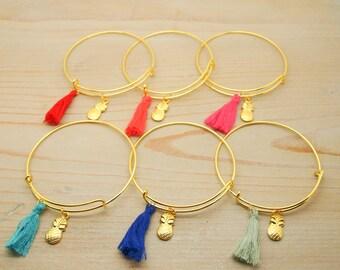 """Bracelet """"pineapple"""" of Golden tassels"""