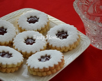 Strawberry Jam Sandwich Biscuits