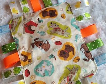 Crinkle Taggie Blanket