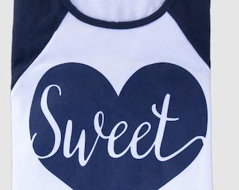 Heart Shirt. Womens Graphic Tee. Cute T Shirt.