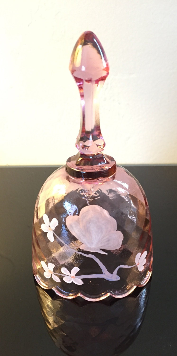 Fenton art glass bell signed by d anderson free shipping for Anderson art glass