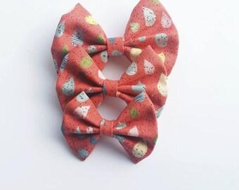 Bowtiful Orange Raindrop Pattern Bow