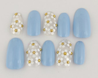 Marc Jacobs Daisy Inspired Press on Nails - Set of 15