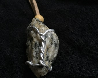 Twisted stone necklace
