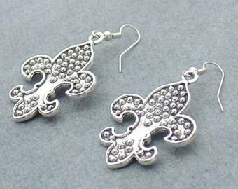 Fusion Earring / Metal Earring / Silver Plated Earring / Dangle Earring / Drop Earring / Traditional Gift Jewelry / Banjara Jewelry / E3
