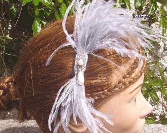 """Hair fascinator, grey ostrich feathers and beads """"Fog"""""""
