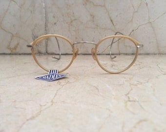 Antique round spectacles from late 1930s