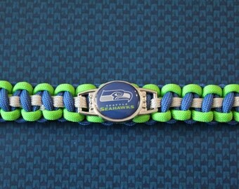 Seattle Seahawks Paracord Bracelet (Traditional- Gray)