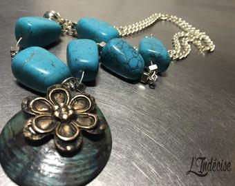 Gilded bronze Flower necklace
