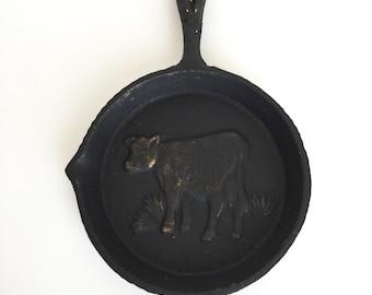 Vintage Cast Iron Pan   Miniature Decorative Pan With Cow