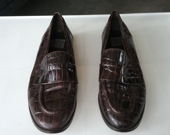 """Vintage Joan and David Brown Leather """" Crocodile"""" Loafers Size 8 (38 1/2)"""