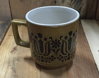 Vintage 1970s Brown Coffee Mug / Tea Mug - Retro design