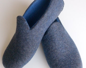 Men's felted slippers.
