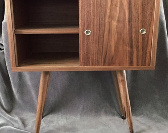Mid Century Modern Nightstand/Bedside Library McCobb Inspired