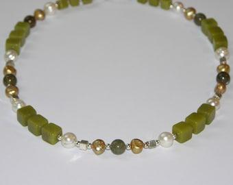 Jade, pearls and labradorite necklace
