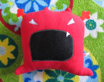 Plush red Loulou