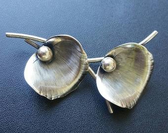 Beau Sterling Silver Flower Pin/Brooch