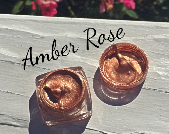 AMBER ROSE - Lip Glaze