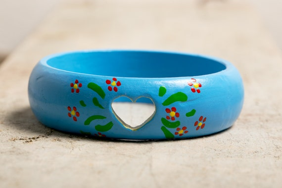 Bracelet wooden and hand-painted bohemian spirit - Heart and colored flowers