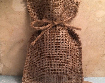 50 Favour Bags /Favor Bags; Hessian Favour Bags with Twine - For Rustic Wedding, Country, Shabby Chic Weddings