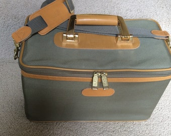 Vintage London Fog Train Case