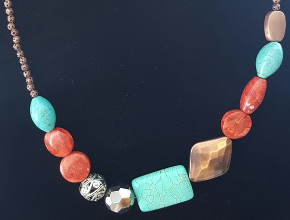 Turquoise Necklace / Coral Beaded Necklace /  Chunky Stone Necklace / Hippie Necklace / Natural Stone Jewelry / Boho Jewelry /NA61021