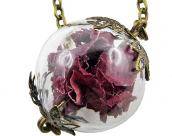 Rose necklace with leaf