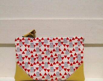 Triangle bears clutch, bridesmaid clutch, linen, medium zipper pouch, gift for her