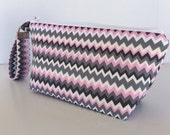 Pink and grey chevron wristlet  makeup bag  medium size  cosmetic purse  clutch purse zipper pouch