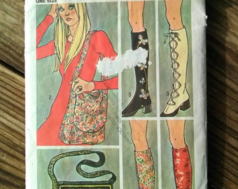 Vintage 1970s Pattern Spats Boot Covers Hobo Crossbody Purse Simplicity 9553 Sewing Pattern 2016173