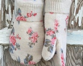 Reserved-FLASH SALE-40% OFF- Cotton Floral Mittens---Women-Teen-Roses-Light Weight