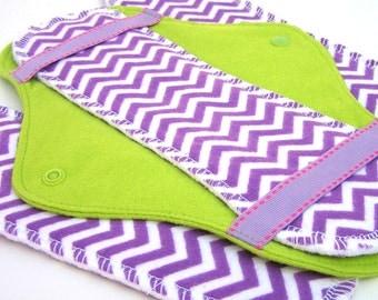 JazzyPads Cloth Menstrual Pad Set (Maxi Lime purple chevron) by tamarack