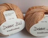 2 balls of Debbie Bliss wool cotton yarn destash