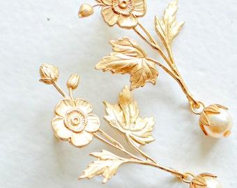 Bridal Pearl Earrings, Bridal Flower Earrings, Wedding Jewelry, Flower and Pearl Stud Earrings, Long Gold Earrings, Wedding Jewelry