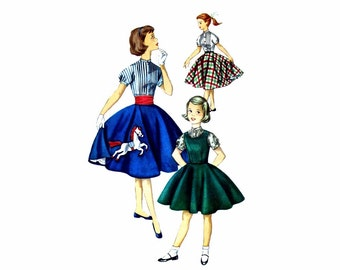 1950s Girls Jumper Blouse Full Circle Skirt Simplicity 1741 Vintage Sewing Pattern Size 14