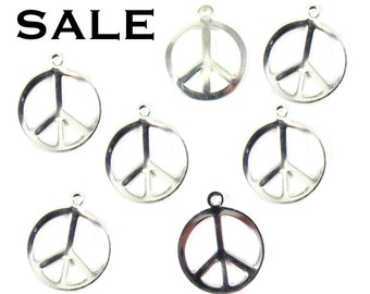 Silver Plated Peace Sign Charms (12X) (M679-B) SALE - 25% off