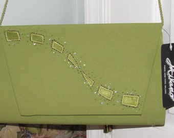 Vintage Sassy Green Milano Ornate Purse with Versatile Strap Shoulder/Clutch
