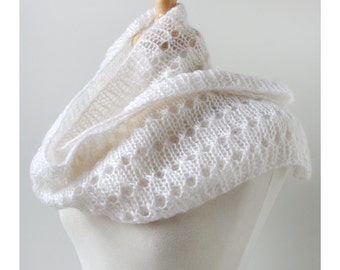 Women's Scarf Hand Knit in Mohair and Silk, IVORY, Infinity Scarf, Loop Scarf, White Scarf, Snood, Circle Scarf, Made in New York, USA