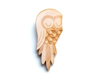 Owl - Wooden Badge / Pin / Brooch