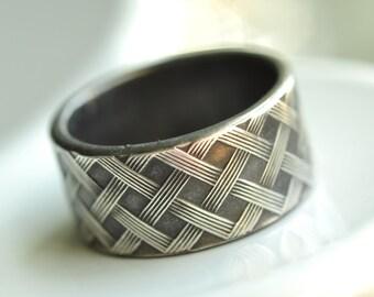 basket weave pattern ring - modern wide band in sterling silver - unisex heavy duty ring