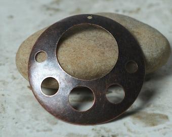 Antique copper round dangle drop size 40mm in diameter, 2 pcs (item ID YWXW04793AC)