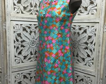 Sale 1960s sheath dress 60s shift dress Mod sleeveless dress size small Vintage graphic dress