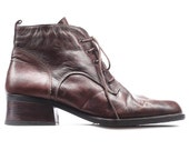 ANKLE OXFORD Boots 90s Brown LEATHER Heeled Lace Up Boots 1990s Low Heel Man Elegant Booties Italy sz Eur 42.5, Us men 9, Uk 8.5