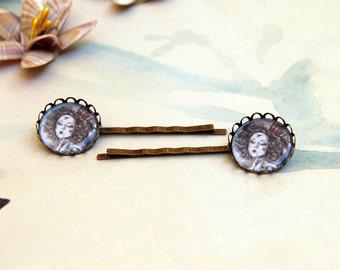 Queen of Hearts Bobby Pin Queen of Hearts Art Alice in Wonderland Art Hair Accessories