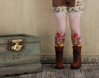 Tussie-Mussie Blythe Doll Stockings