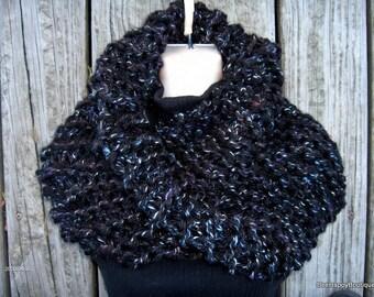 SALE Outlander Sassenach Cowl chunky knit, womens cowl, outlander, sassenach claire starz , chunky cowl, Outlander Cowl, Outlander Scarf