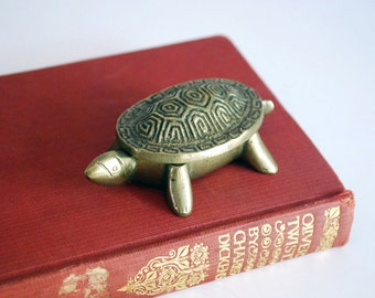 Brass Turtle Box, Chinese Turtle Figurine, Chinoiserie, Animal Trinket Box, Ring Box, Incense Burner, Feng Shui Statue, Asian Decor