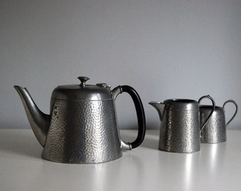 1920s Argent Pewter Tea Set English Teapot Vintage Creamer Open Sugar Bakelite Handle Arts and Crafts Decor Hammered Pewter Craftsman
