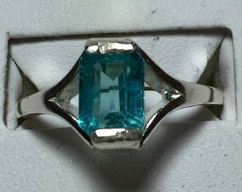 Blue apatite silver ring