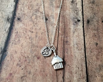 Cupcake initial necklace - cupcake jewelry, gift for baker, muffin necklace, cake necklace, birthday jewelry, bakery necklace